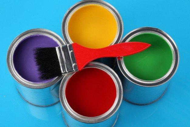 Pintor / Escolha a tinta certa para pinturas externas