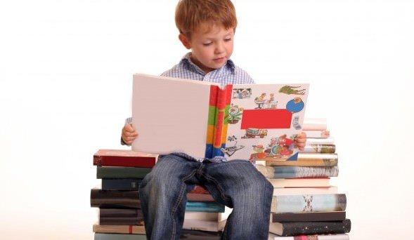 Aulas / Como incentivar a criança a ler