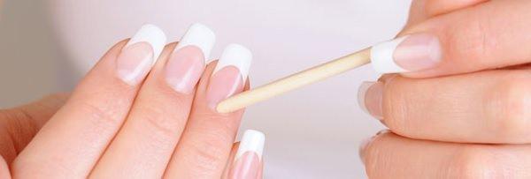 Manicure / Mitos e verdades sobre tirar as cutículas