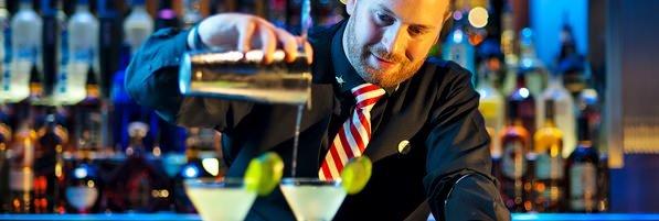 Bartenders / Qual a diferença entre barman e bartender?
