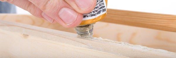 Marceneiro / Descubra quais as colas mais adequadas para cada superfície