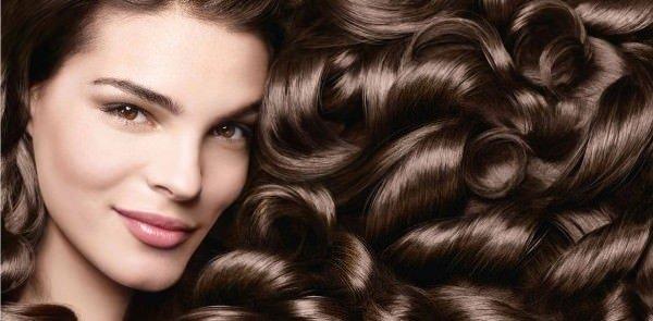 Esteticista / Benefícios da manteiga de karité para os cabelos